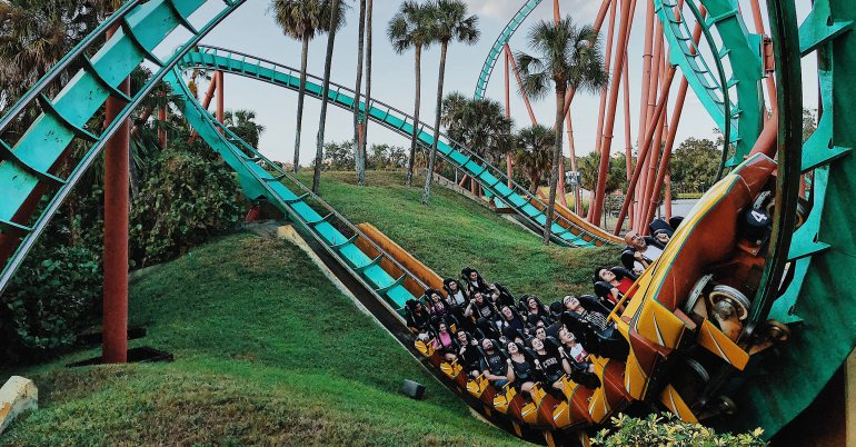rollercoaster-structured-content-customer-journey